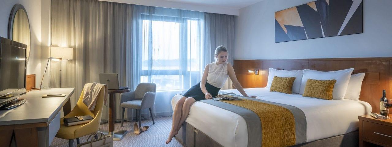 Large double bed Maldron Hotel Glasgow